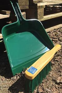 Large Strong Garden Dustpan and Stiff PVC Hand Brush Builders Work Dust Pan New