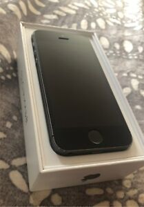 iPhone 5s. MAKE ME AN OFFER!