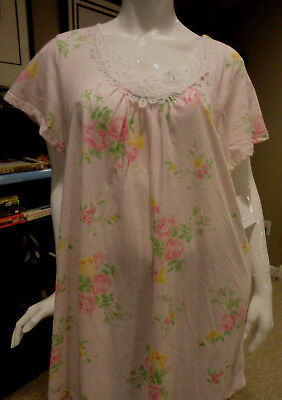 NWT Carole Hochman Short Floral Gown w/crochet detailing Multi-Color.Size: XL