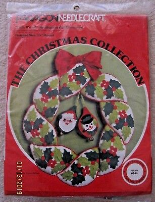 Paragon Needlecraft HOLLY WREATH NEEDLEPOINT Wall Decor KIT 6344 15