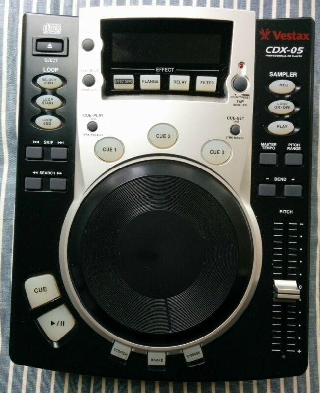 Vestax cdx-05 with original power supply. Tested