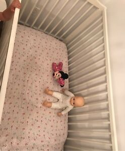 Bassinette - kid crib - baby cot