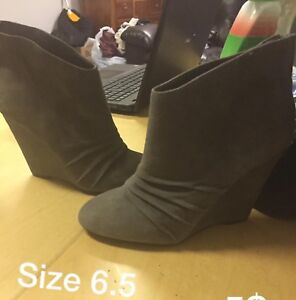 Boots size 6-7
