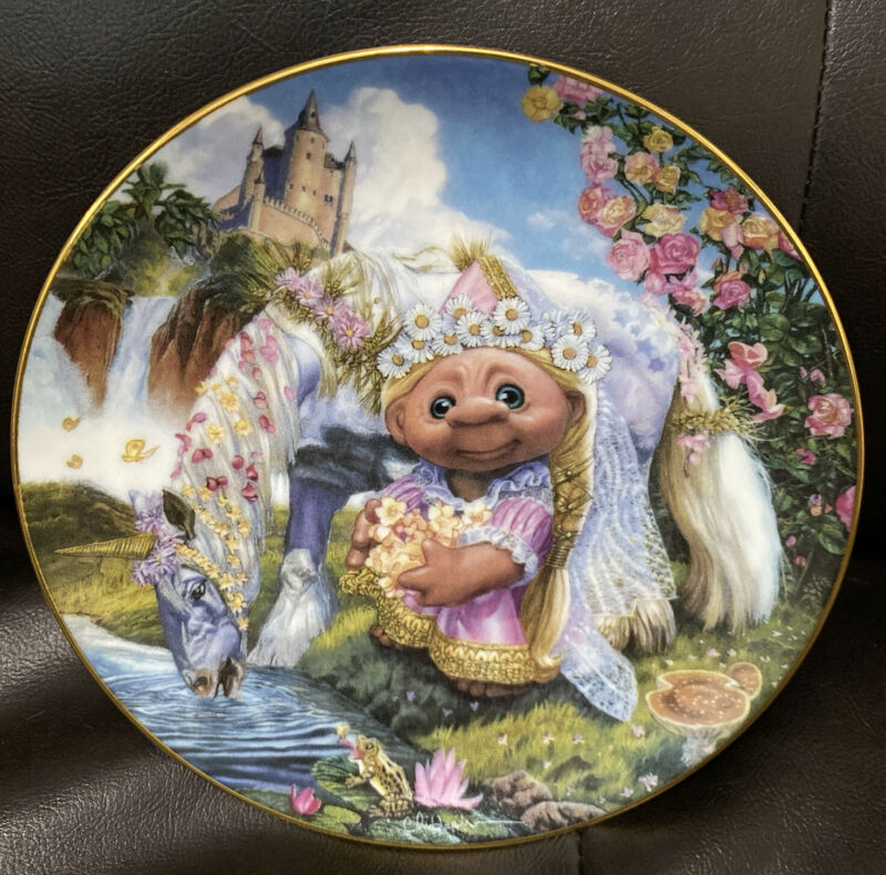 The Enchanted Norfin Trolls Collection Plate Troll Maiden Chris Hopkins EUC
