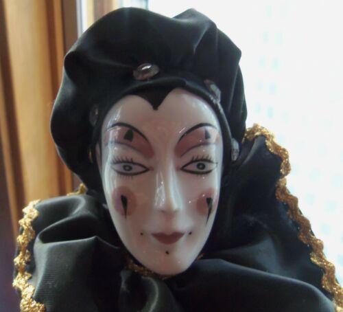 Vtg porcelain harlequin jester doll (M)