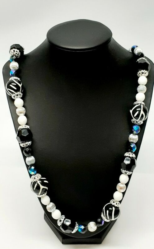 Joan Rivers Signed Black & White Lucite Chunky Necklace -- Free Ship!