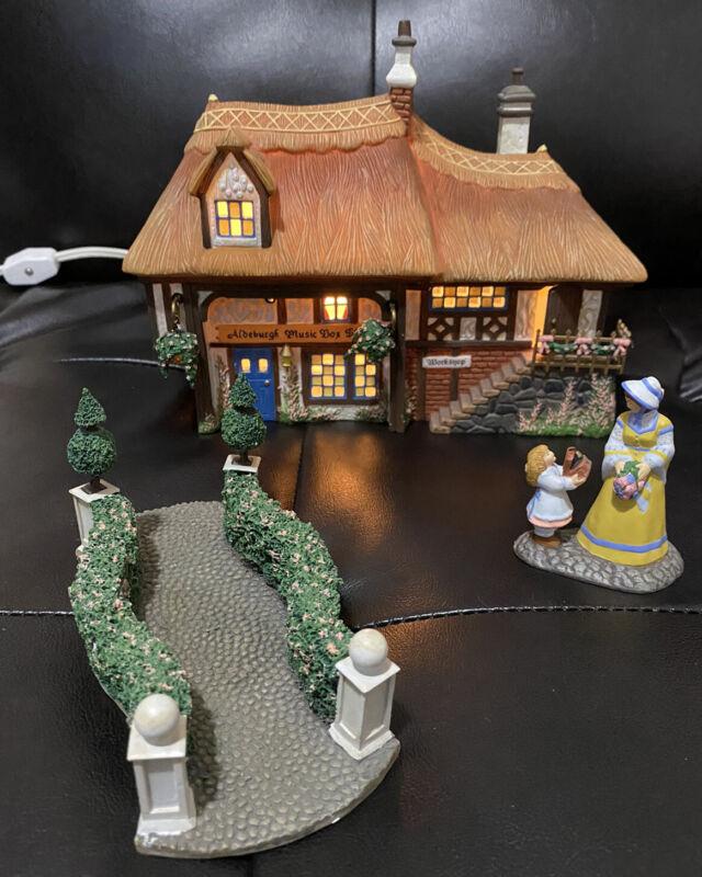 Dept 56 Dickens Village MUSICAL ALDEBURGH MUSIC BOX SHOP GIFT SET 58441 RETIRED
