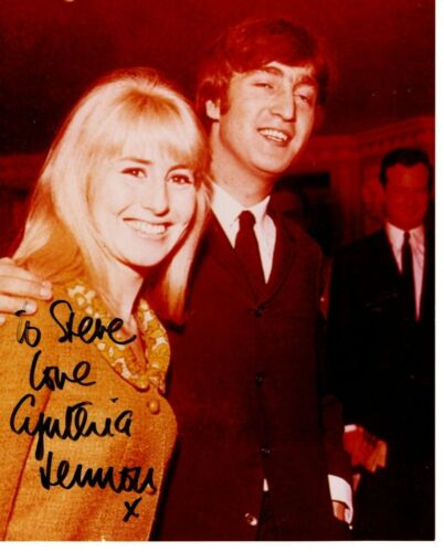 RARE* Cynthia Lennon Glossy Picture Autographed to Steve at a Beatles Expo 94