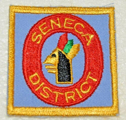 SENECA DISTRICT Swiss Cut Edge Square Boy Scout Uniform Badge Canadian (QCS12A)