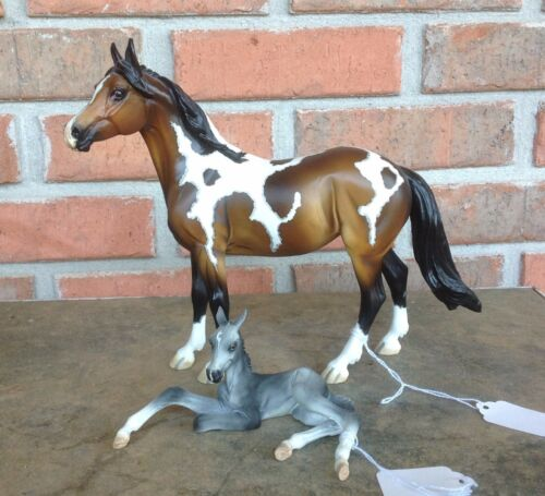 Chincoteague Pony Horse and Foal resin Pinto by Kitty Cantrell