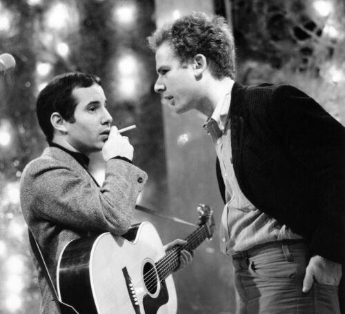 Simon & Garfunkel -  MUSIC PHOTO #30