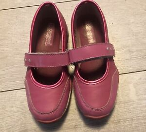 Size 1 girls shoes- Kelowna