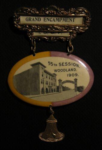 1909 IOOF ODD FELLOWS GRAND ENCAMPMENT CELLULOID MIRROR MEDAL PIN - WOODLAND CA