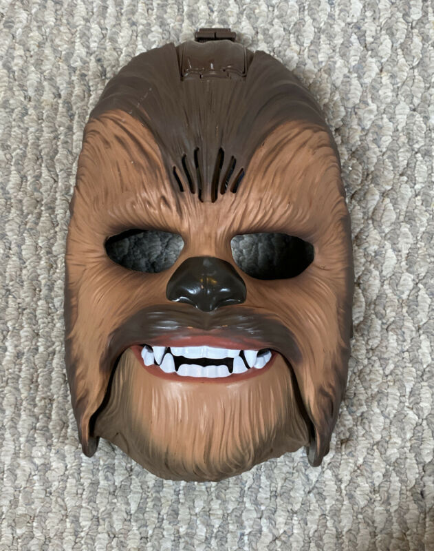 Hasbro Chewbacca talking mask costume Star Wars classic character hide your face