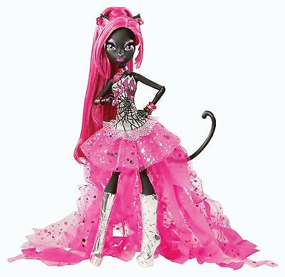 Monster High Friday The 13th (Monster High Catty Noir Friday The 13Th Doll)