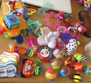 Des jouets pour bebes