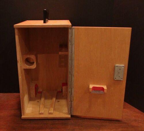 Vtg Wood German Microscope Case / Finger Jointed - Key - Hertel & Reuss