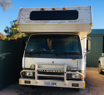 Winnebago Canter motorhome Coffin Bay Lower Eyre Peninsula Preview