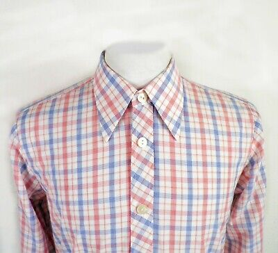 1970s Mens Shirt Styles – Vintage 70s Shirts for Guys 1970s Red Blue on White Bold Check Dagger Collar Shirt Size S $31.01 AT vintagedancer.com