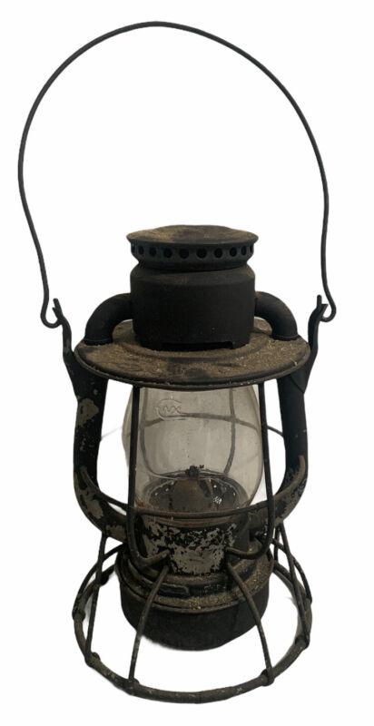 Antique Dietz Vesta Railroad Lantern & Globe ~ Barn Find