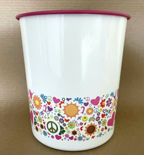 Tupperware Canister Large 23 Cup