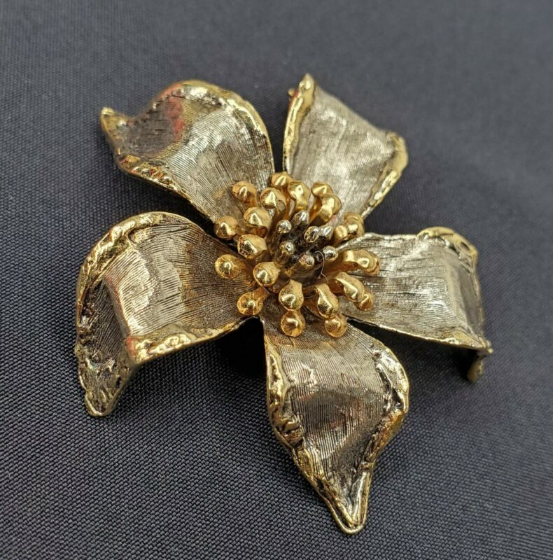 """Vintage Art Flower Brooch Mixed Metal Tones Gold Silver Pin 2.25"""" Signed"""