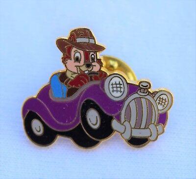 Disneyland Chip Driving Convertible Car Aaa Travel Pin   Disney Chip   Dale Pins