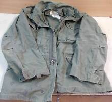 """Aus Army FIELD COAT OG107 size 37"""" to 41"""" Chest. Hunt Fish Camp Tea Tree Gully Tea Tree Gully Area Preview"""