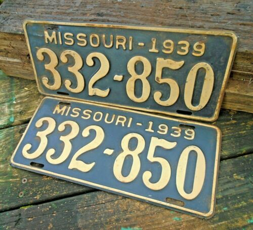 Vintage Missouri 1939 Pair License Plates, MO, # 332-850 Black/Yellow
