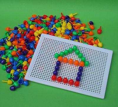 Steckspielzeug Steckspiel ca.750 Steckknöpfe & 2 Platten  2471298-1301