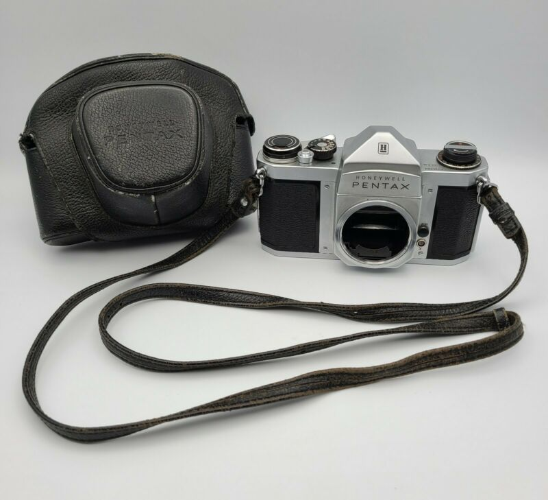 Pentax H1a Honeywell 35mm SLR Camera w/ Screw Mount M42 with Leather Case