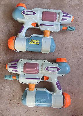 Rare Set of 2 2004 Hasbro Super Soaker Arctic Freeze Water Guns...........i