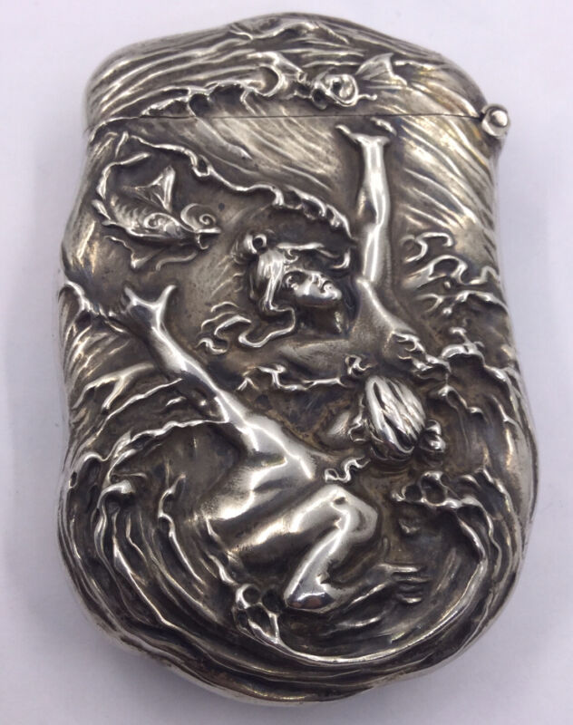 W.B. KERR - MATCHSAFE STERLING - 2 WOMAN - 2 FISH SWIMMING HEAVY REPOUSSE (S308)