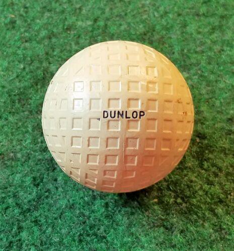 VINTAGE COLLECTIBLE DUNLOP MAXPAR MESH GOLF BALL - 1.62 -