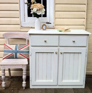 Beautiful Shabby Chic White Buffet Sideboard Display  Bexley Rockdale Area Preview