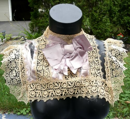 Antique Victorian Irish crochet lace collar color ivory