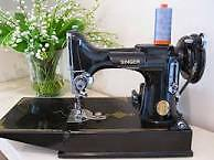 SINGER FEATHERWEIGHT SEWING MCHINE FOR QUILT PROJECT