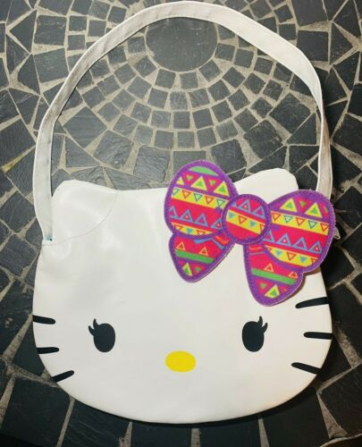 Hello Kitty Zippered Purse with Bow ~ Sanrio ~ 97208
