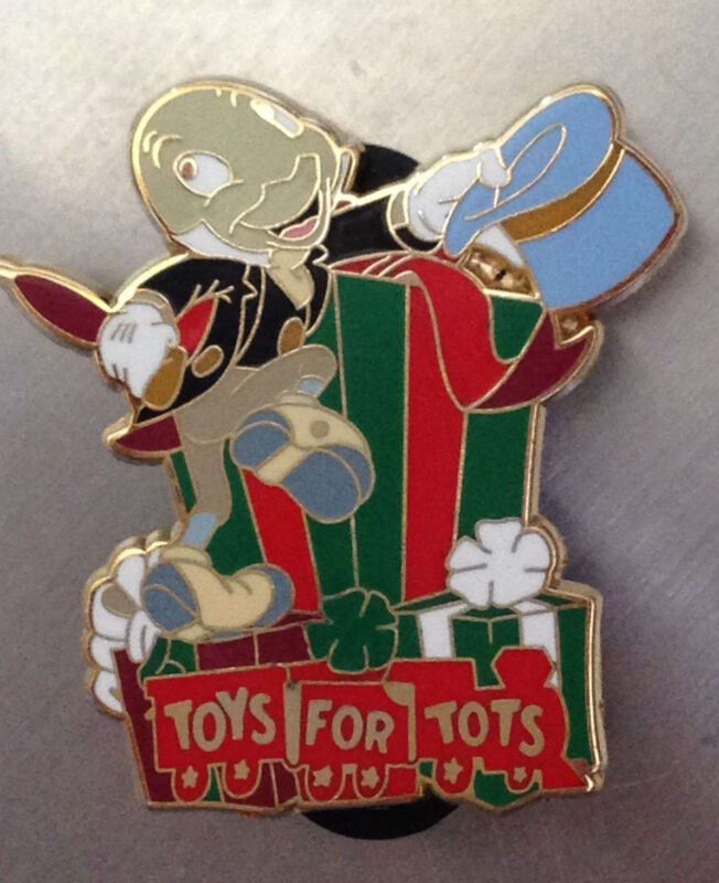 Disney DSF - Pinocchio Jiminy Cricket - Toys for Tots -2009 Pin