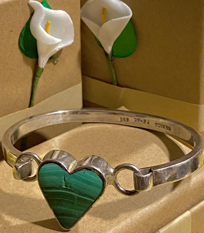 36g Heavy Taxco Mexico Natural Malachite Heart Sterling Silver Bangle Bracelet