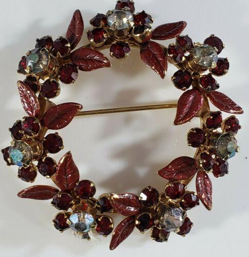 Vintage Christmas  Brooch Gold Tone Poinsettia Wreath Prong Rhinestones UNIQUE