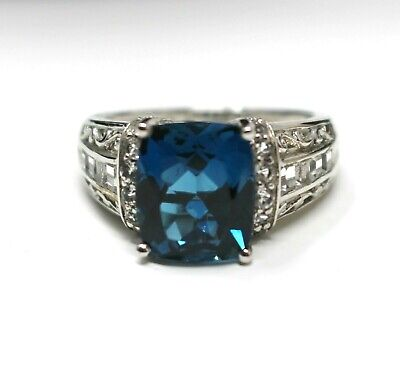 VICTORIA WIECK London Blue Topaz Cocktail RING Size 9 Sterling Silver NEW Box