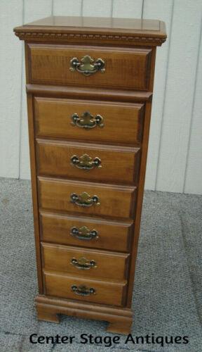 61202  Maple Lingerie Chest Dresser