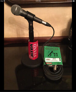 Microphone *with* stand and cable