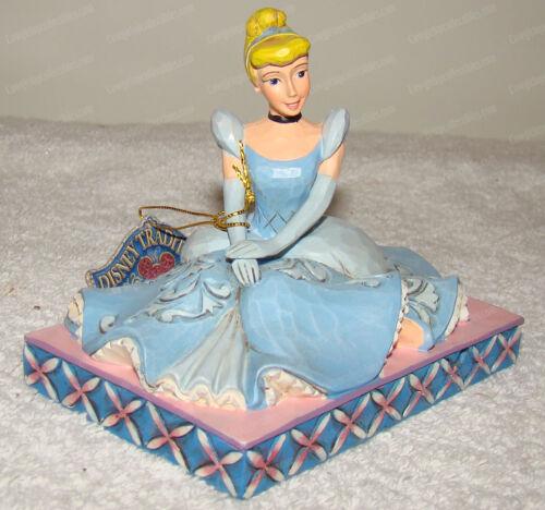 Be Charming (Disney Traditions Jim Shore, 6001276) Cinderella Personality Pose
