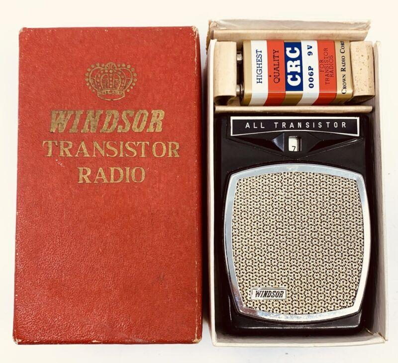 Vintage WINDSOR 2 Transistor Boy's Radio Black Case w BOX and Batt UNTESTED
