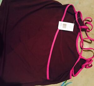 Kate Hudson Fabletics yoga tank