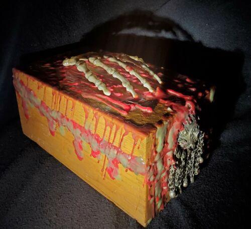 Evil Hand Spiritual Bound Demonic Dybbuk Box Of Excercismus Daemonius - Active - $41.00