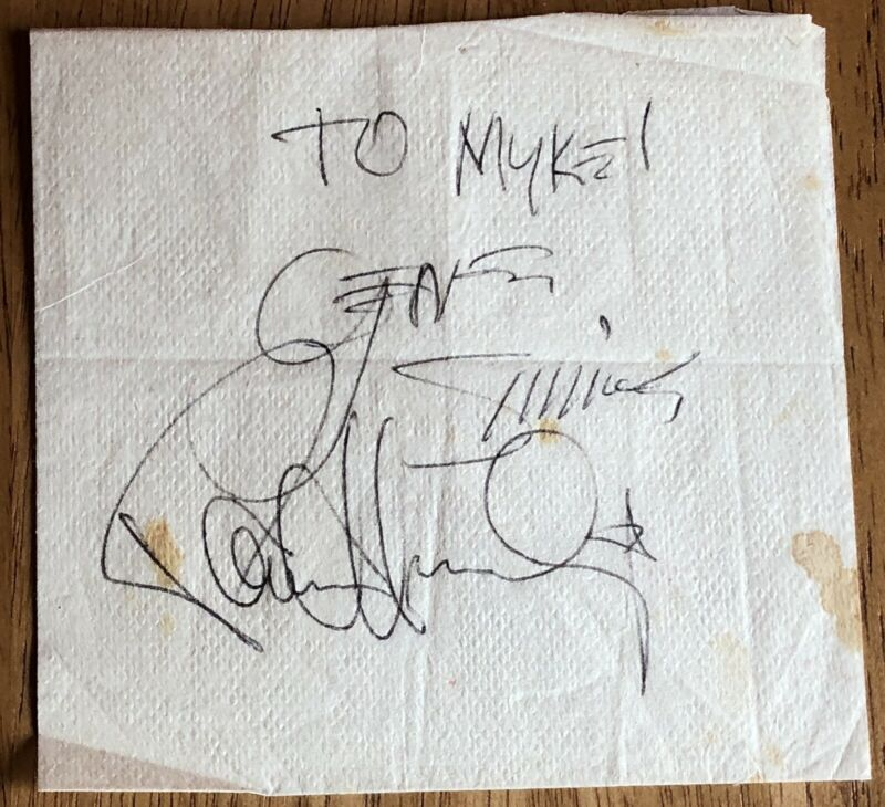 (KISS) Vintage Gene Simmons and Paul Stanley Autographs