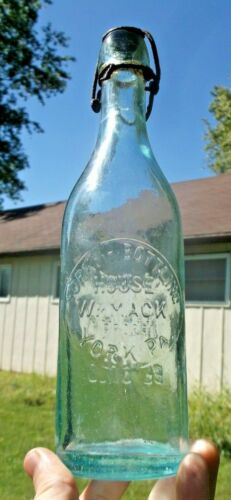 YORK, PA AQUA BLOB BEER BOTTLE YORK CITY BOTTLING HOUSE W/STOPPER 1890